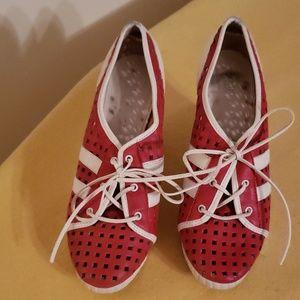 🔥Vintage Michael Kors Wedge Leather Sneakers